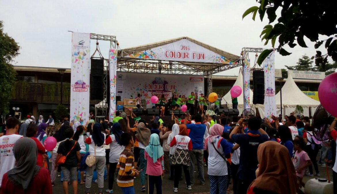 Kemeriahan Event Eco Walk & Colour Fun 2016