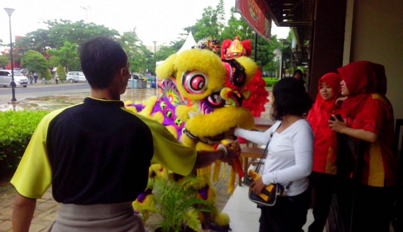 Kemeriahan Perayaan Imlek Di CitraRaya Tangerang Dengan Atraksi Barongsai