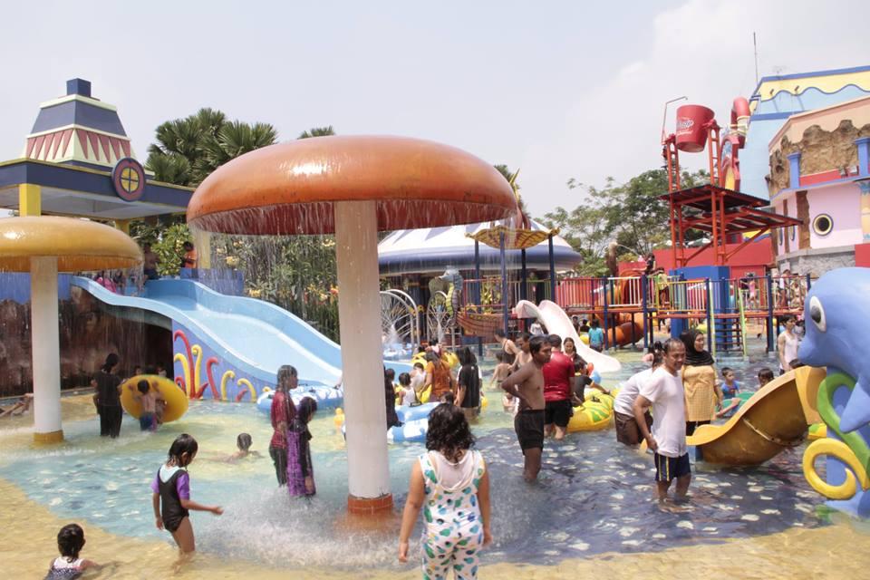 Wisata di Tangerang, Water World Water Park CitraRaya Tangerang